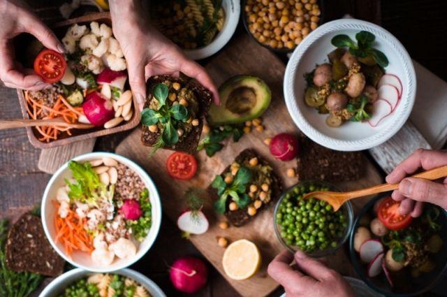Диетолог подскажет, сколько и что вам нужно есть.