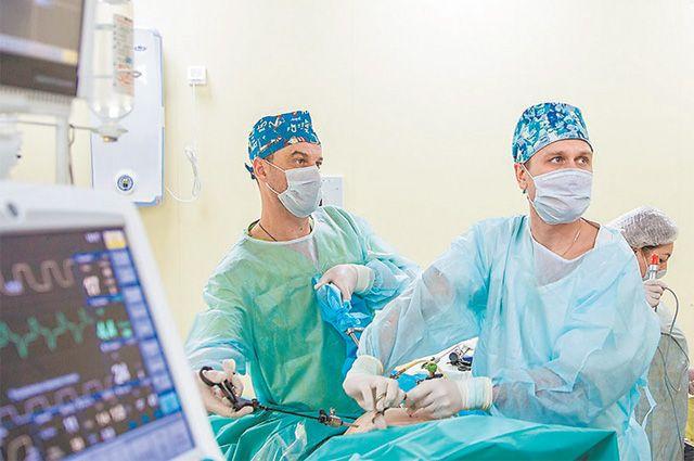 Операционные больницы № 17 снабжены новейшим оборудованием.