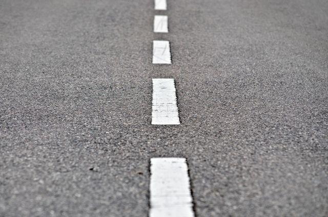 В этом году на городские дороги будет нанесено 55 тысяч кв. метров дорожной разметки краской и около 64 тысяч кв. метров термопластиком.