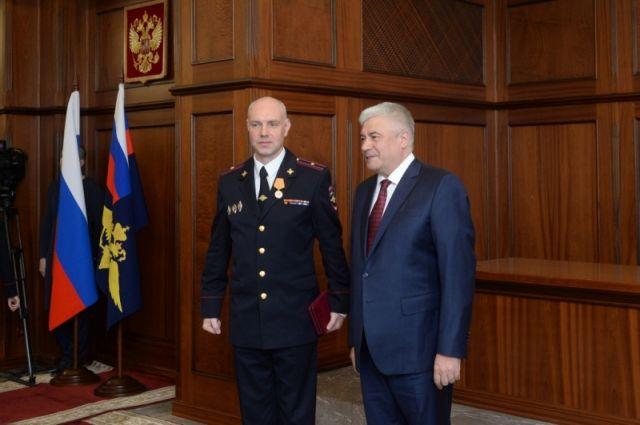 Министр внутренних дел наградил полицейского из Светлогорска