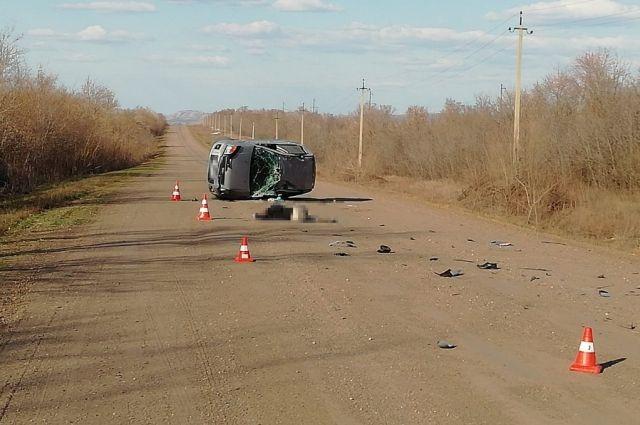 В Саракташском районе в ДТП погиб водитель иномарки.