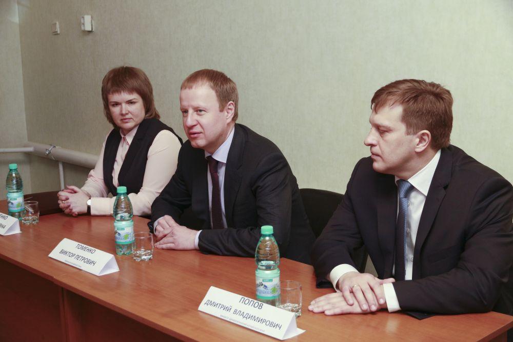По итогам посещения ЦРБ  принято решение, что в Каменском районе будет разработана программа закрепления молодых специалистов.