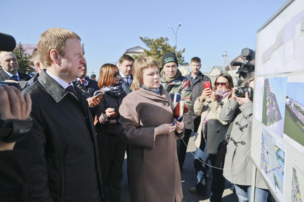 Губернатор  обсудил с мэром Камня-на-Оби ремонт набережной – все заинтересованы в том, чтобы город был красивым.