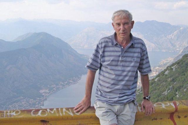 Вадим Милюков уже много лет следит за Эльбрусом.