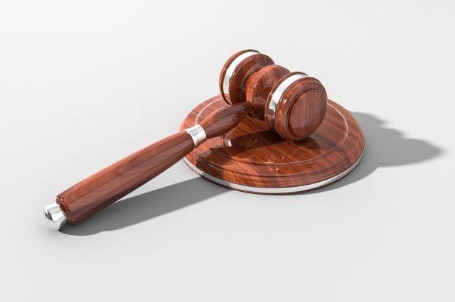 В Кваркенском районе вынесен приговор мужчине, душившему мать тростью