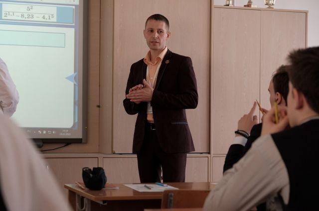 Чернобаев считает,  что важнейшая роль учителя – помочь  ребёнку стать творческой и успешной личностью.