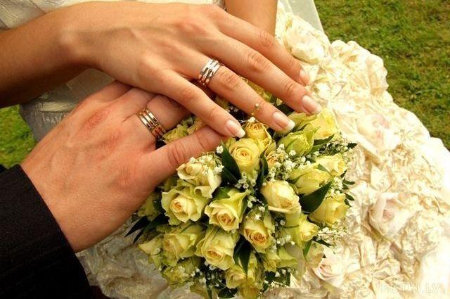 Госстат зафиксировал увеличение на треть заключенных браков с иностранцами
