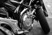 На мотоцикле ехали 16-летний парень и 12-летний мальчик, при развороте транспорт опрокинулся.