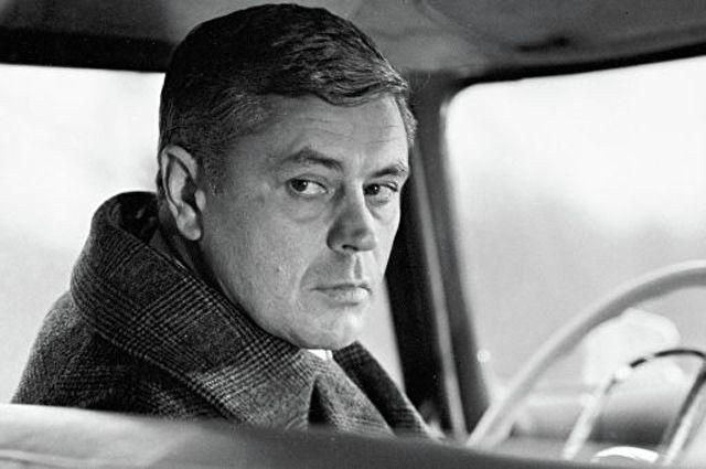 Донатас Банионис в фильме «Мёртвый сезон», 1968 г.