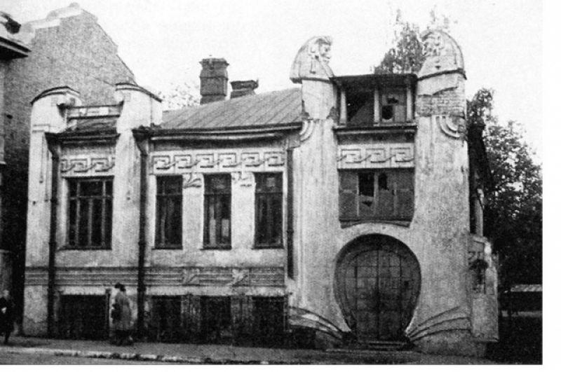 Дом требовал ремонта не один десяток лет.