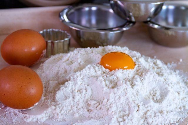 Торговые сети Хабаровска не будут поднимать цены на яйца перед Пасхой.