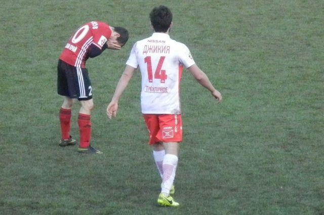 Георгий Джикия в 2015-2016 годах выступал за пермский «Амкар», после чего его купил «Спартак».