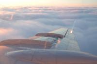 Авиакомпания «Ямал» открыла продажу билетов для многодетных семей