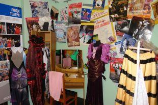Все экспонаты принадлежали актерам театров и были задействованы в спектаклях.