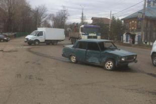 Три человека пострадали в крупном ДТП в Воткинске