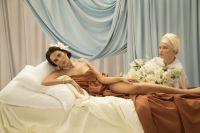 Настя Каменских подарила песню возлюбленному и предстала в образах Венеры, Лилит и Олимпии в клипе «Обіцяю»