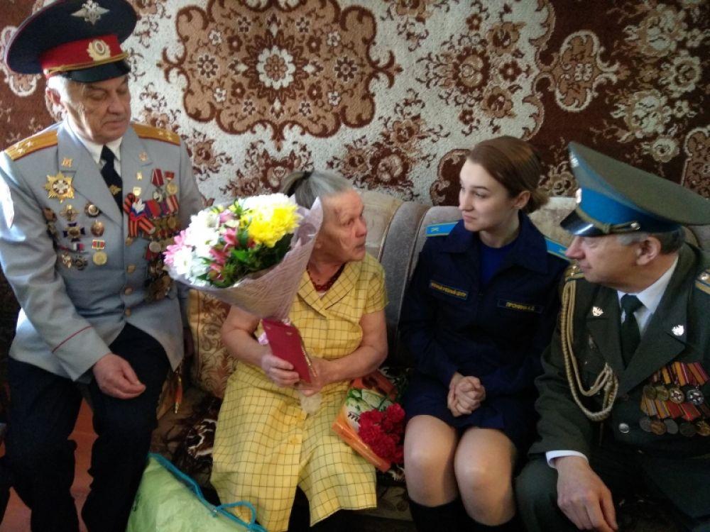 Енисейск. Труженица тыла Татьяна Дмитриевна Рыбьякова. 24 апреля ей исполнилось 90 лет.