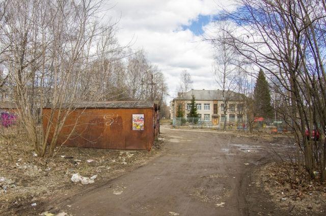 Мошенник продал хабаровчанину несуществующий гараж.
