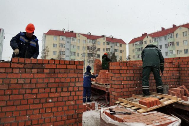 1064 миллионов направят на строительство, реконструкцию и ремонт зданий.