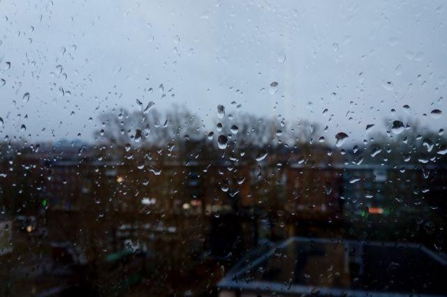Ночью, при температуре ниже нуля, возможен снег, а днем — дожди.