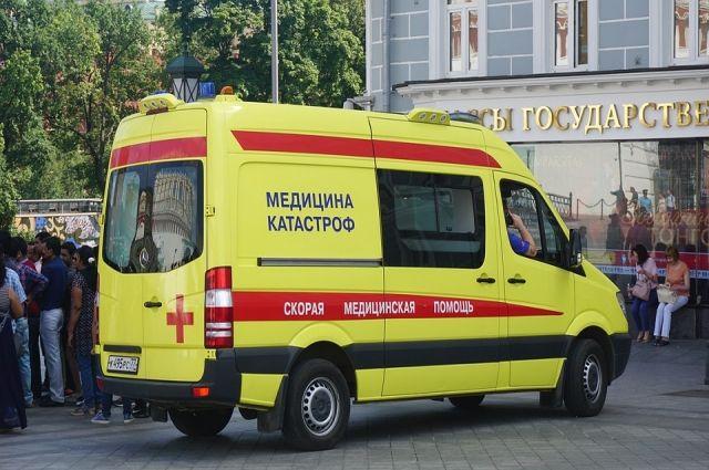 Тюменцы напали на врачей «Скорой», которых вызвали к человеку без сознания