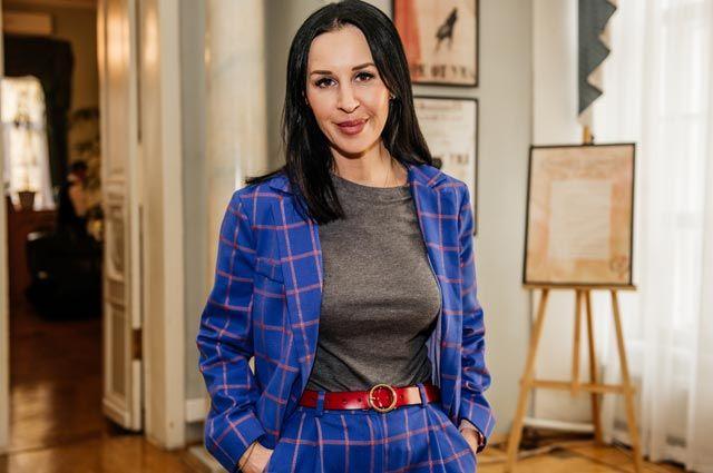 Наталья Малец, генеральный директор Московской школы радио ителевидения, преподаватель накурсах радиоведущих, телеведущих иораторского мастерства, радио- ителеведущая.