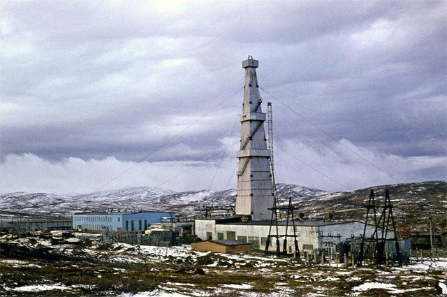 Кольская сверхглубокая скважина. Буровая первого этапа (глубина 7600 м), 1974 год.