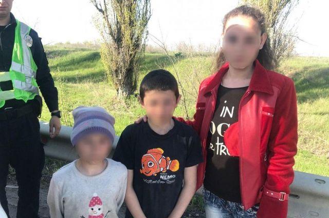 У Херсона малолетних брата и сестру пытались похитить: дети спаслись чудом