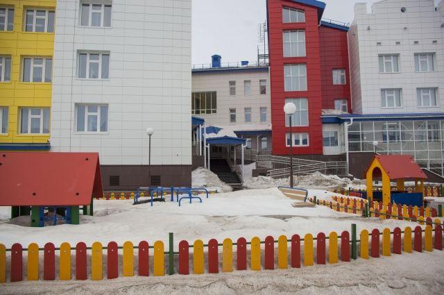 Прокуратура проверила сотрудников детских садов Николаевска.