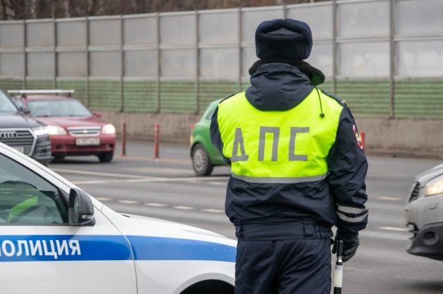 В Ижевске очевидцы стали свидетелями погони за водителем