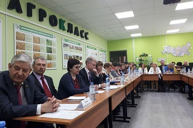 Создание будущих классов обсудили на совещании, которое проводилось в агроклассе кудиновской школы в Малоярославецком районе.