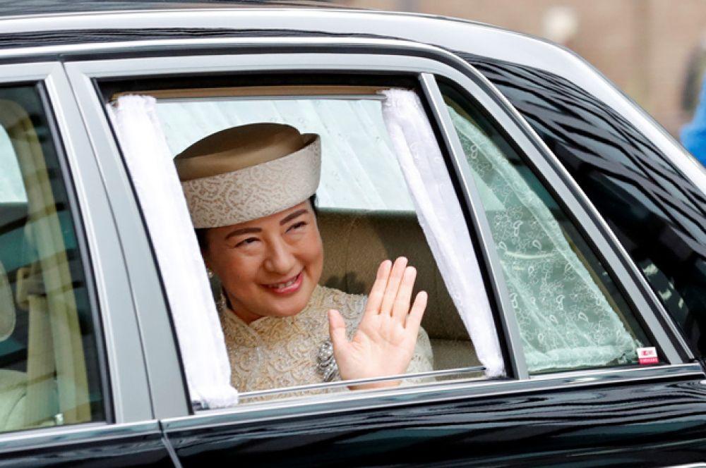 Наследная принцесса Японии Масако прибывает в Императорский дворец.