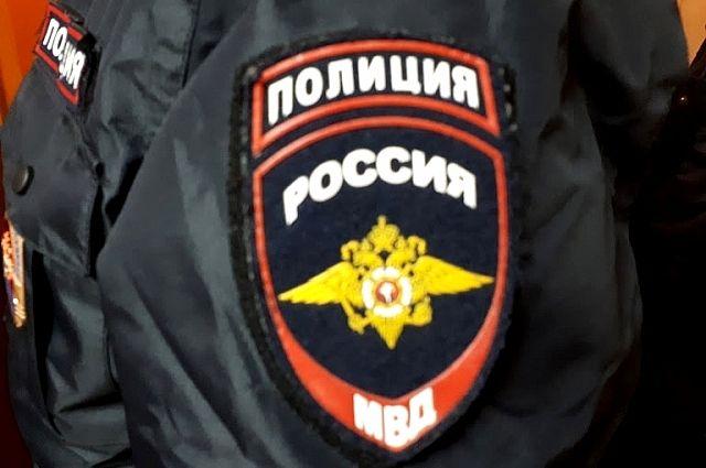 В Заводоуковске задержали вооруженного мужчину