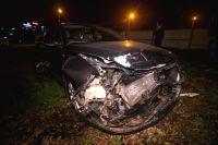 Водитель в Киеве протаранил автостоянку и разбил семь машин