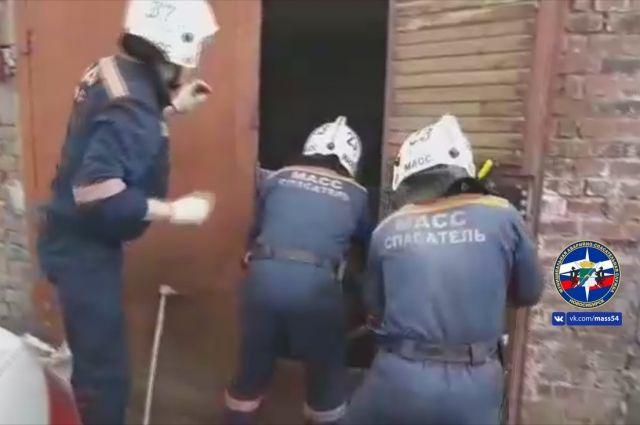 Тело погибшего спасатели передали сотрудникам полиции.