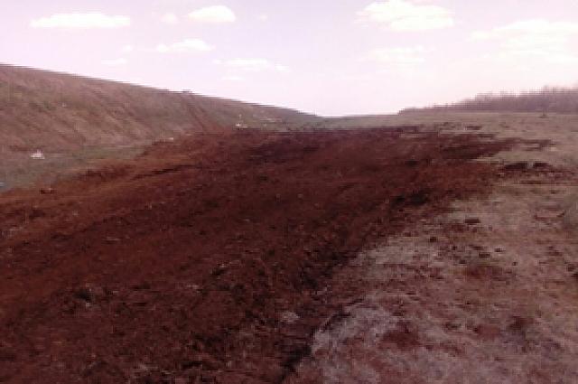 В Переволоцком районе из-за ДТП с нефтевозом загрязнена почва