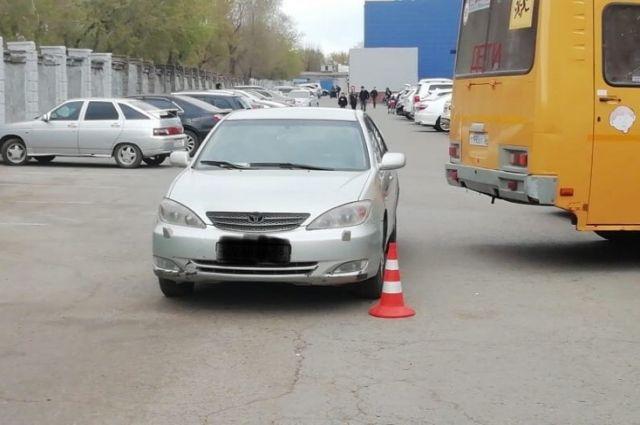 В Оренбурге водитель Toyota сбила девочку в парке «Тополя»