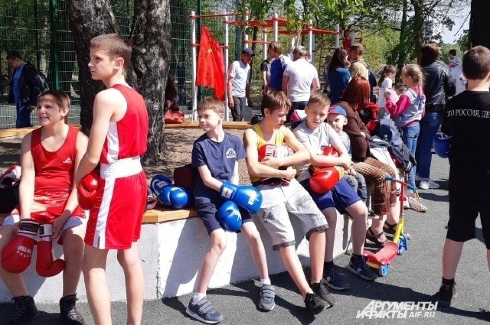 Вокруг озера теперь можно проводить спортивные мероприятия.