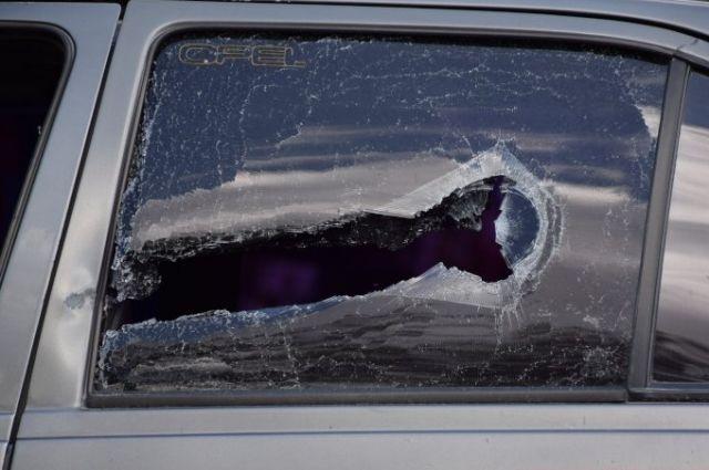 В Николаеве водитель с битой побил виновника ДТП и его автомобиль
