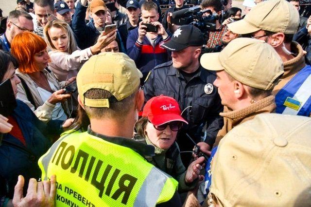 На акции памяти в Одессе зафиксированы стычки