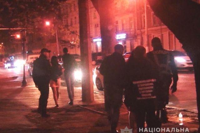 В Одессе полиция задержала более двадцати «жриц любви»