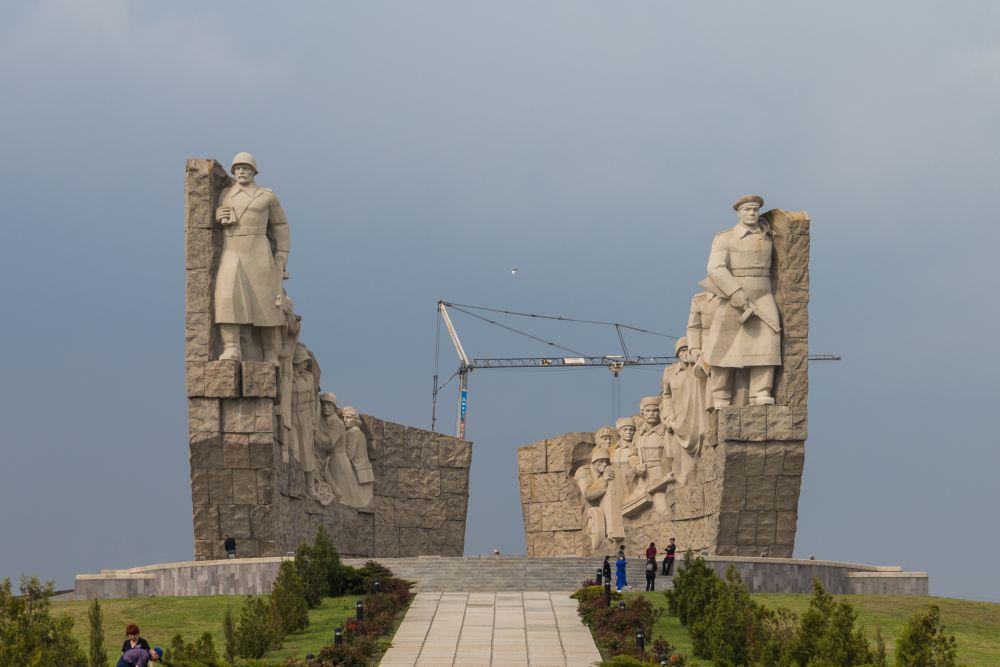 Дендропроект реализуется на территории народного военно-исторического музейного комплекса «Самбекские высоты».