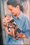 """""""Когда даришь свою любовь другим, сам получаешь гораздо больше"""" - так говорила Одри Хепберн при жизни и всегда стремилась жить по этим заветам. Когда актрису провожали в последний путь, актриса Элизабет Тейлор отметила """"Ангел взлетел в небо"""" - и не было ни одного, кто бы не согласился с этим утверждением. Настолько живой, доброй и лучистой была Одри Хепберн."""