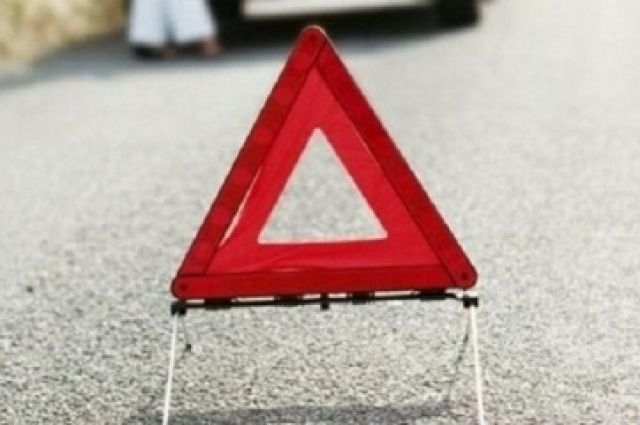 По предварительной информации, это произошло в результате столкновения седана с другим автомобилем марки «Лексус»