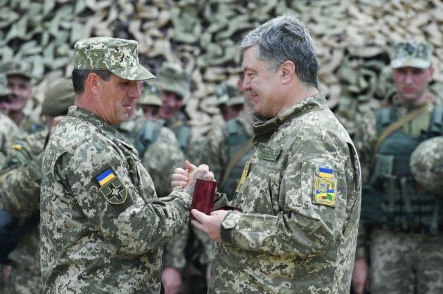 Президент Украины заменил командующего ООС