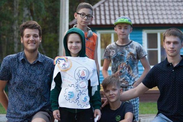 Кирилл находит общий язык с любыми детьми.