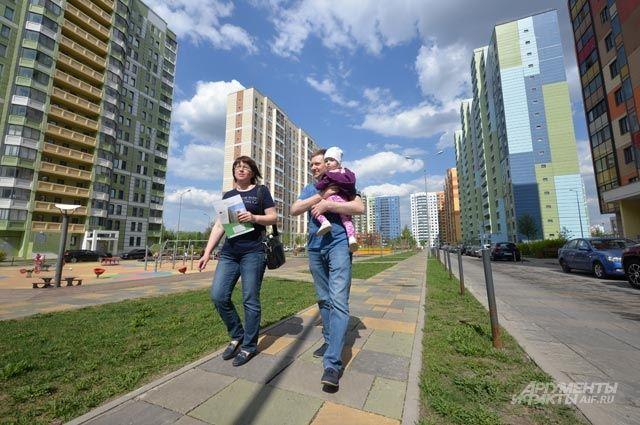 На месте заброшенного пустыря промзоны «Коровино» построили ультрасовременный жилой комплекс «На Базовской улице» со всей инфраструктурой.