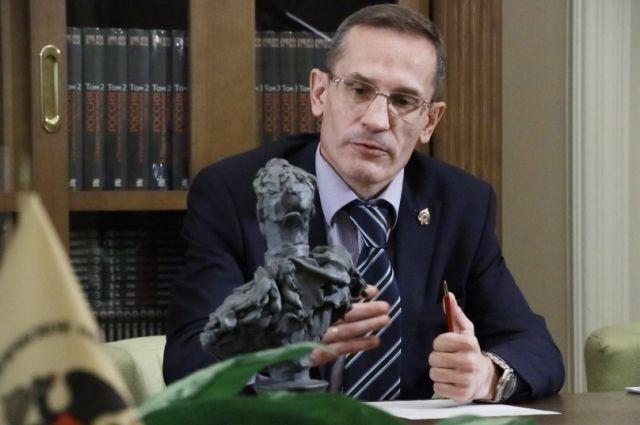 Михаил Мягков.
