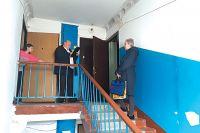 Жителей дома на Конорева, 22 обвинили в том, что они плохо следят за своим жильём.