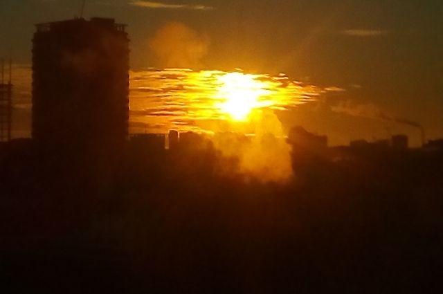 Штормовое предупреждение объявлено в Новосибирске из-за смога